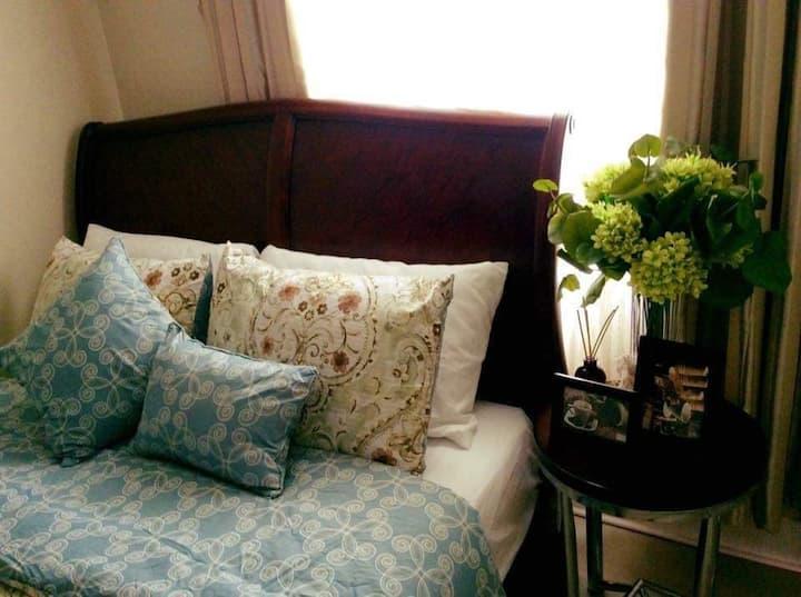 Elegant 2BR Hampton Suites