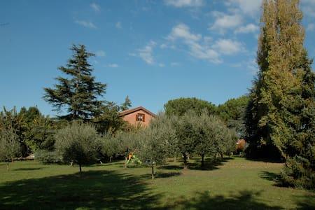 Villa - Lago di Castel Gandolfo - Marino - Huvila