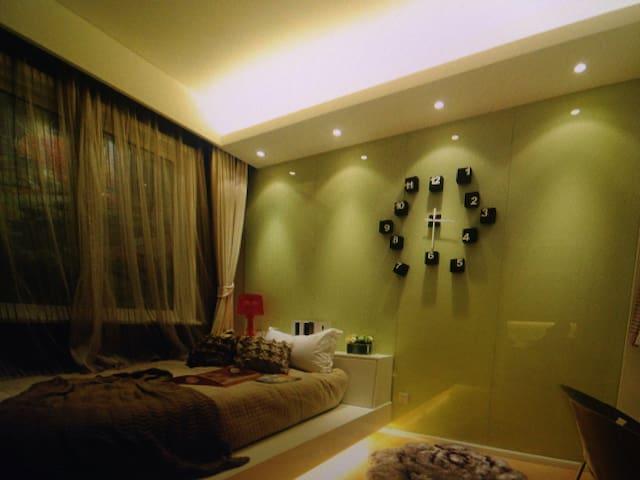 Cozy room - 罗斯林 - House