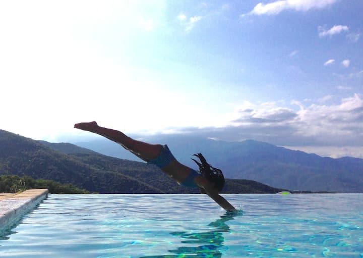Beautiful mountain villa, Ceret, heated priv pool