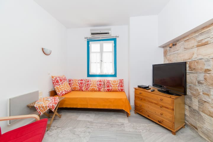 Apartment with private roof terrace - Agios Prokopios - Appartement