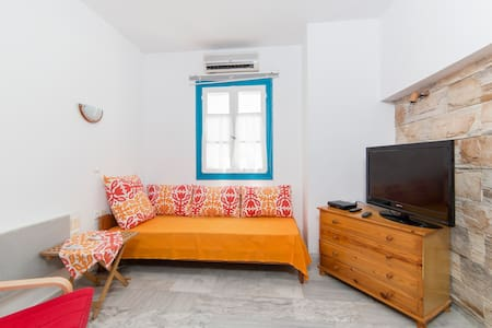 Apartment with private roof terrace - Agios Prokopios