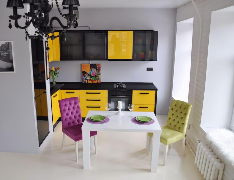 Кухня+обеденная зона