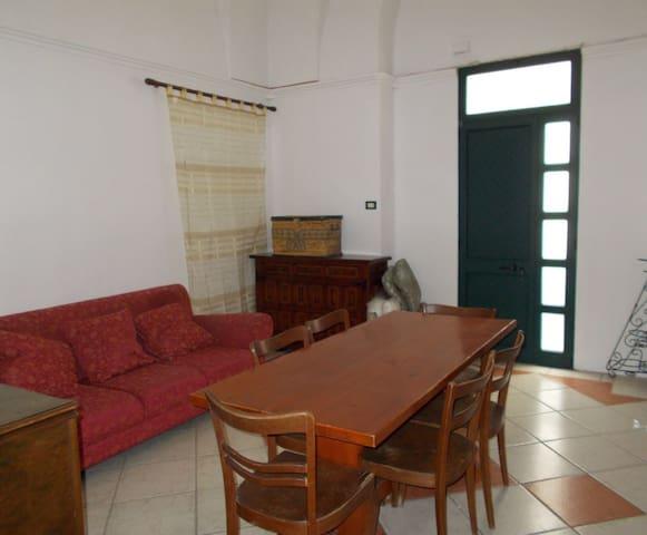 Grazioso appartamento a Matino (vicino Gallipoli) - Matino - Apartamento