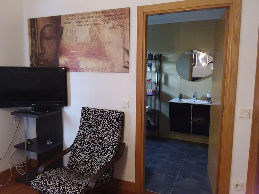 baño incorporado en habitacion