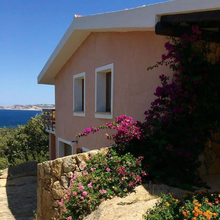 Splendido appartamento sul mare a Valle dell'Erica