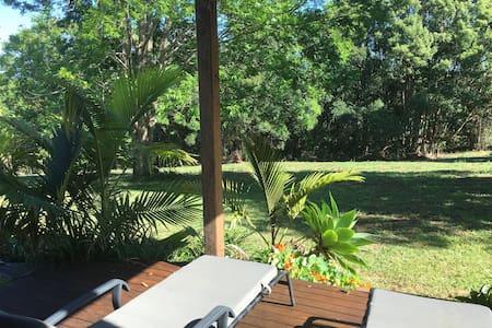 Saranah Studio on 90 Acres - Bangalow - Naturhytte