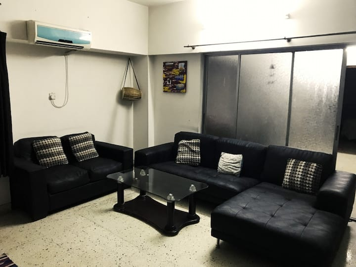 Secure, Comfortable home expat area Gulshan Duplex