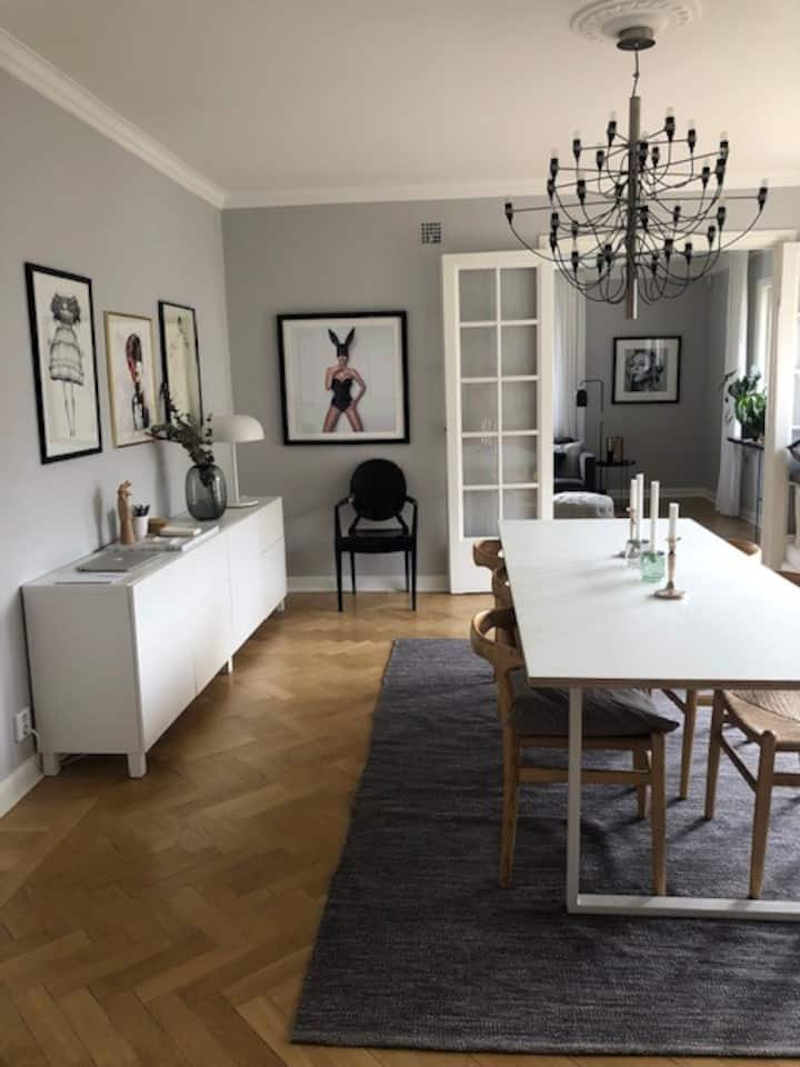Grand 3-bedroom apartment in central Gothenburg