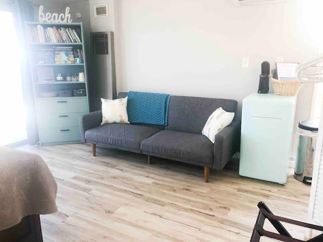 Modern Unit with Quick Access to All of SD