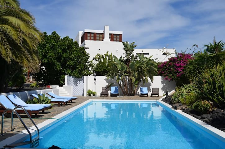 Luxuriöse Finca-Zimmer auf Lanzarote