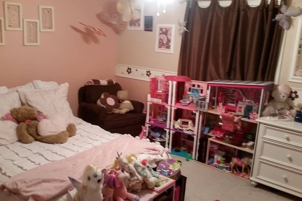 Futon Queen bed