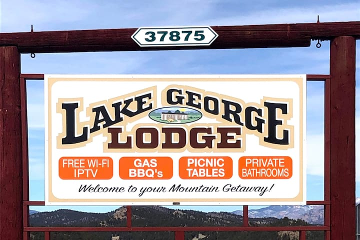 Lake George Lodge NO cleaning fees !