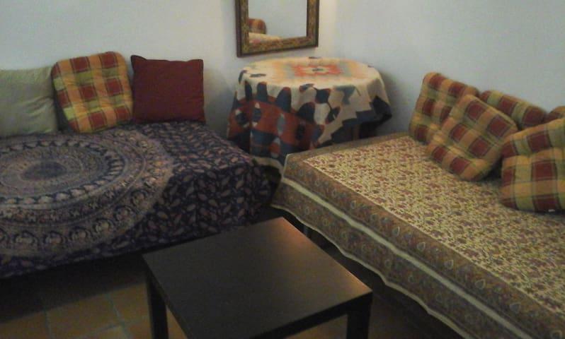 Habitación cálida y acogedora