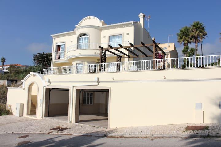 Moradia Casa da Fonte T4 em Buarcos com vistas mar - Figueira da Foz - Huis