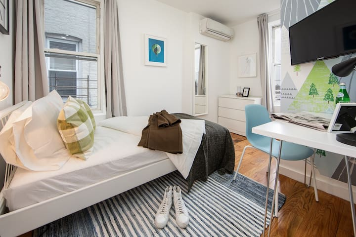 Brand New Furnished Room in Prime NYC 3L-4
