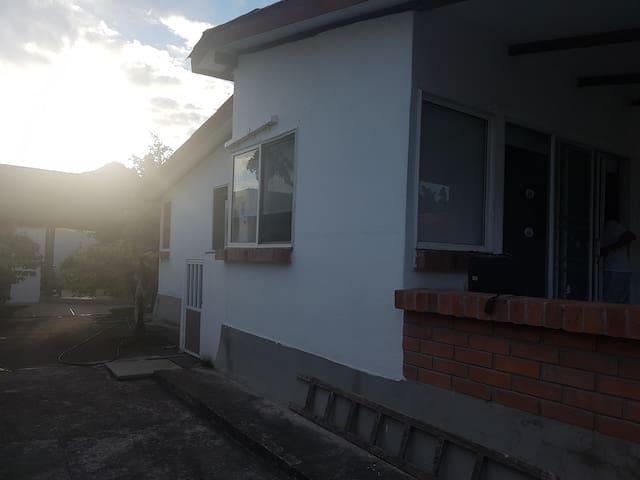 Casa cómoda y práctica en Tonsupa