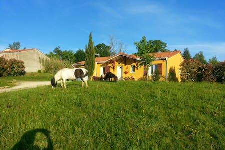 Maison très calme.  vue magnifique - Bergerac