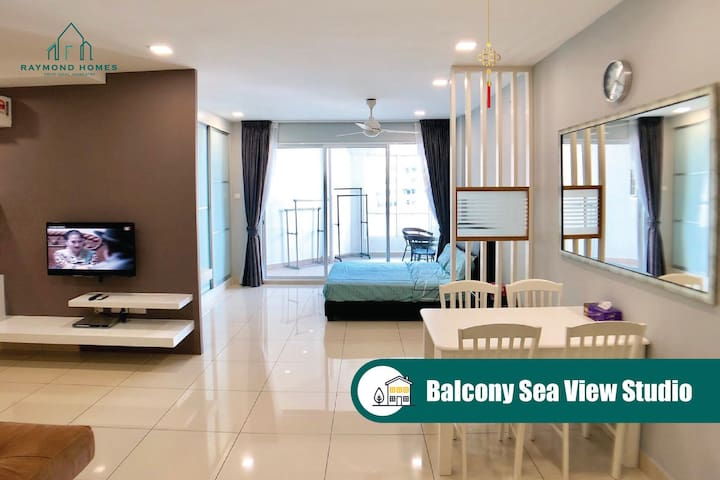 Balcony Sea View Studio @Mansion One