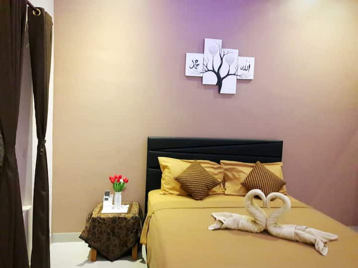 bis Homestay (deluxe double bed with breakfast)2