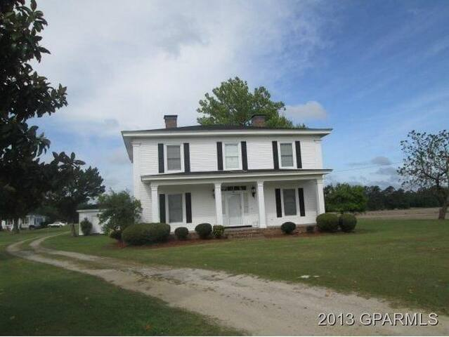 Amazing Country Home - Stantonsburg - Casa