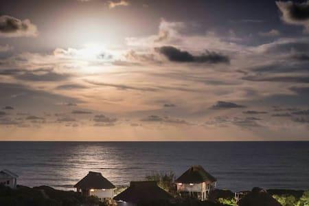 Casa Branca - Tofo Beach - 一軒家