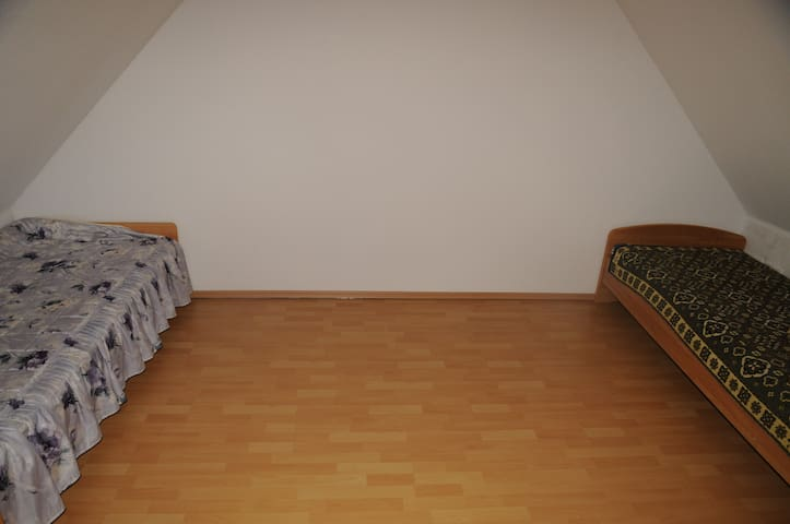 2 Bettzimmer - Hannover - Ház