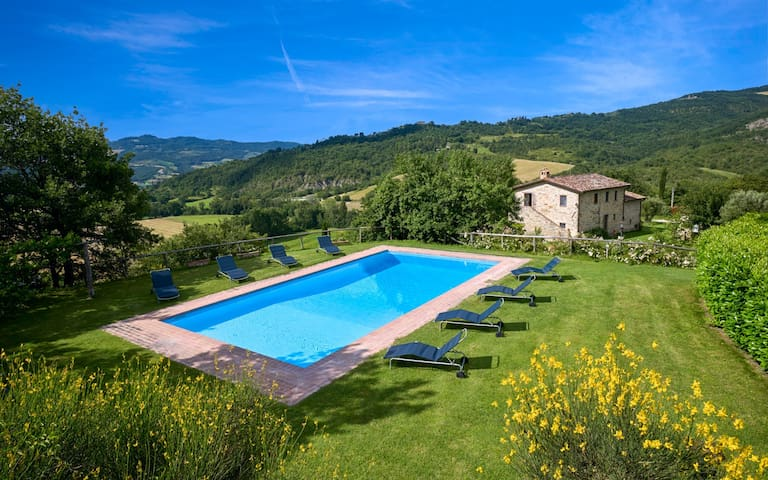 Luxury villa Arcelle