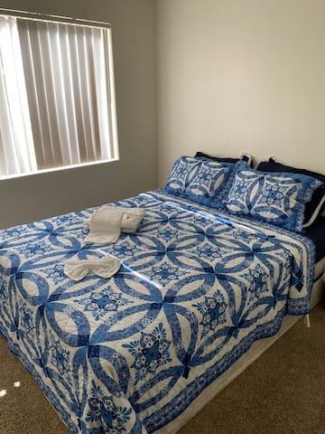 5min Strip room and free WIFI