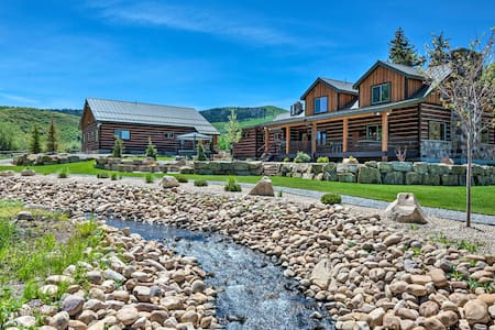 Renovated Historic Cabin ~25 Miles to Park City!