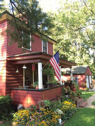Rustic Farmhouse with Eclectic Charm1 - Middletown - Haus