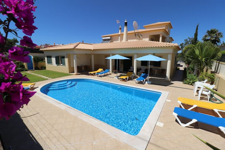 2 BEDROOM, 2 BATH apartment in a villa - ALBUFEIRA