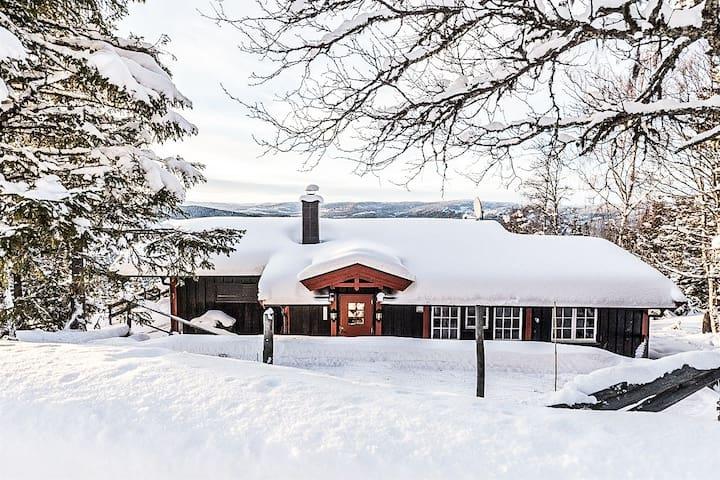 Cabinlykke - hiking, skiing, golf, mountain bike