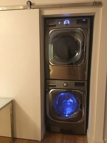 Extra Large Capacity Electric Washer & Dryer