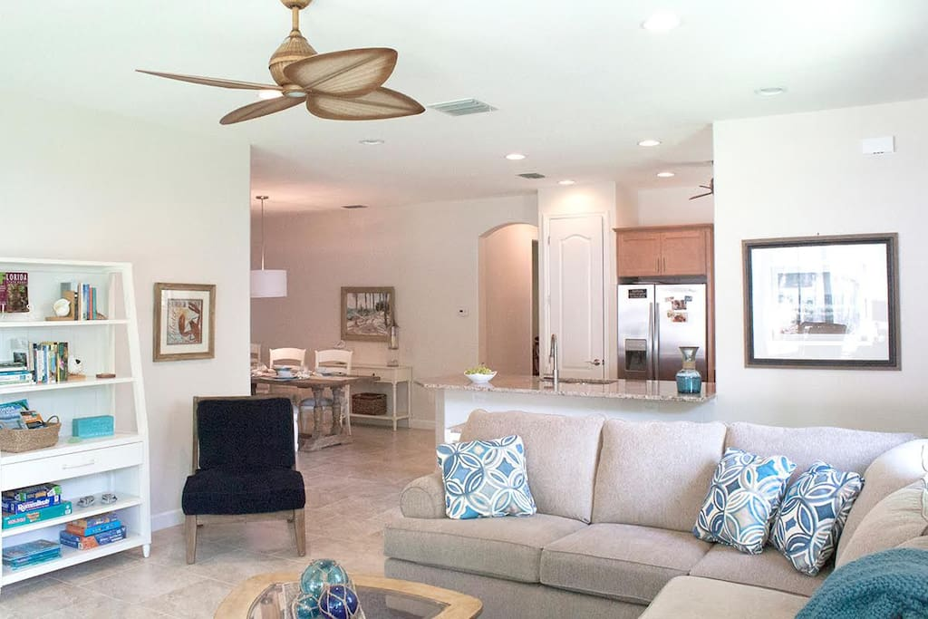 """OPEN CONCEPT LIVING AREA w/ 50"""" smart TV and Dining Table"""