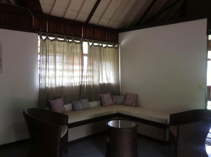 Punaauia - maison avec accès privé plage