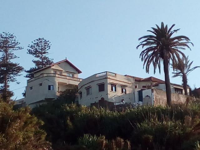 «Residence henni» , Prise de vue a partir de la plage
