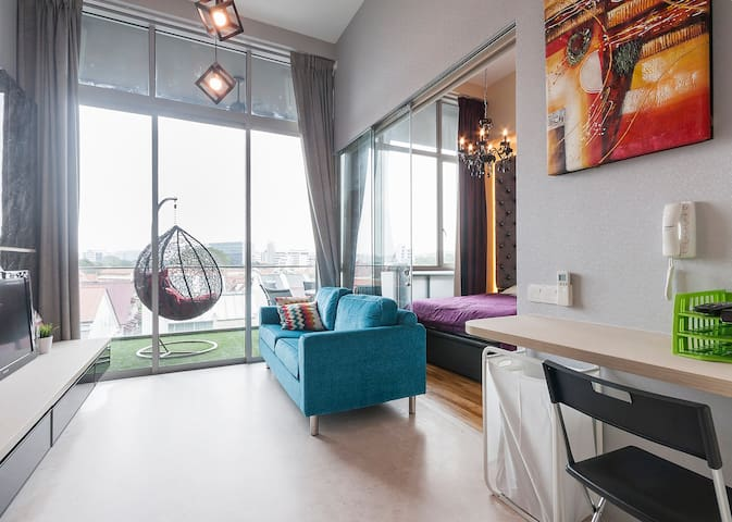 New Penthouse connected to MRT, Orchard & Sentosa - Singapore - Condominium