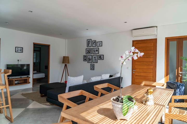 A2 Stylish 2Bedroom Apartment 5min to Finns Canggu