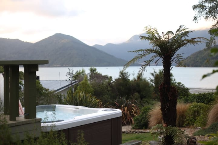 Belvue Bay Beach Front. Fast WiFi (VDSL). - Havelock - Bed & Breakfast