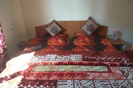 Standard Valley room with Balcony View - Shimla
