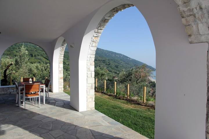 Moses Villa: Cherry apartment with amazing view