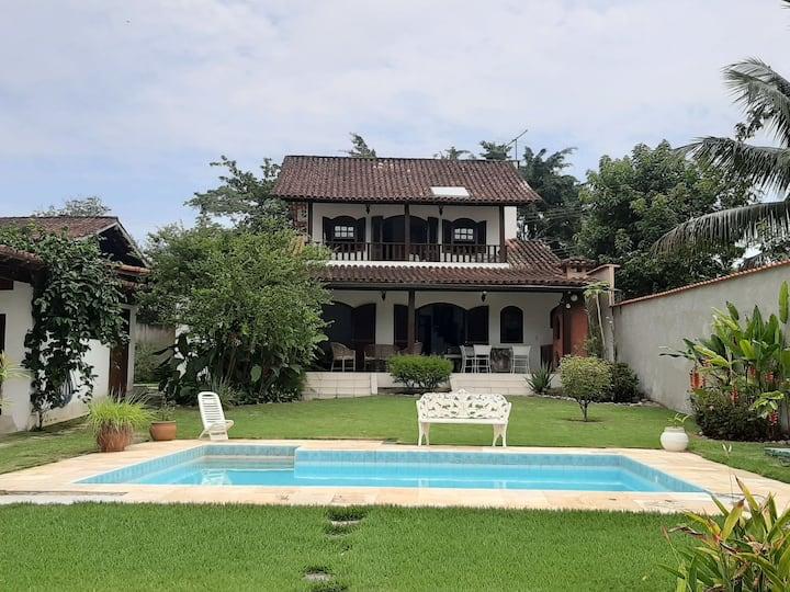Casa em Angra, 4 quartos com piscina-Bracuí, Angra