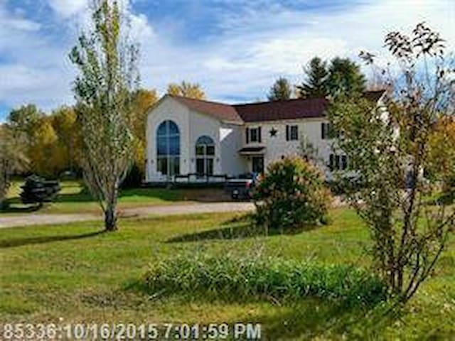 Large and spacious home in recreational area.