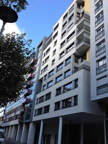 BAIL MOBILITE 3P Meublé Puteaux Paris la Défense