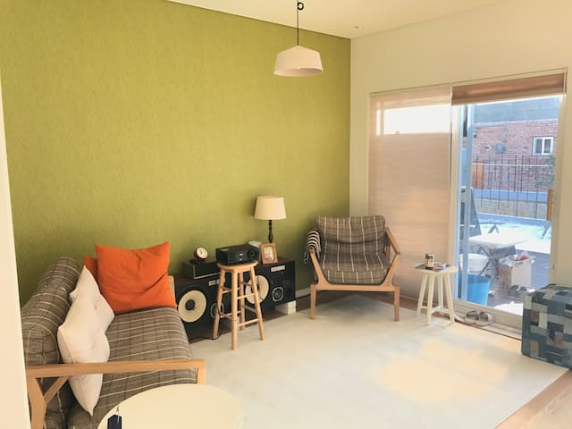 cozy and modern 2 story town house with big attic - Beonttwigi-gil, Paju-si - Casa