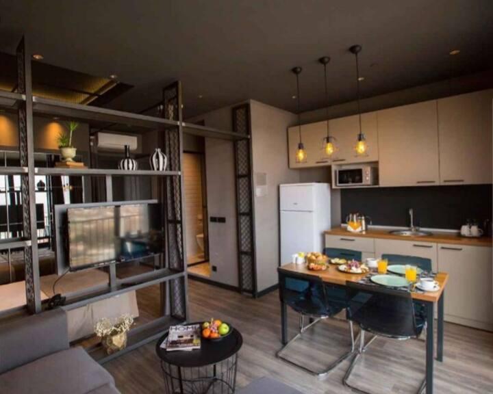 Design studio  405