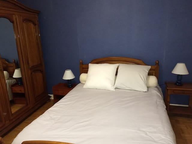 Meublé privé 2 couchages  - 1 chambre