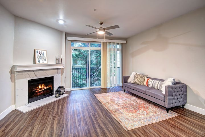 Clean, cozy place of your own | 3BR in Redmond