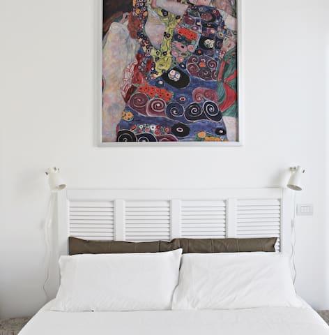 Fabricanovantacinque b&b paris room - Trani